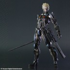 METAL GEAR SOLID 2 Play Arts Kaï - Raiden